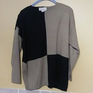 Milano Design Group Womans Sweater Size M